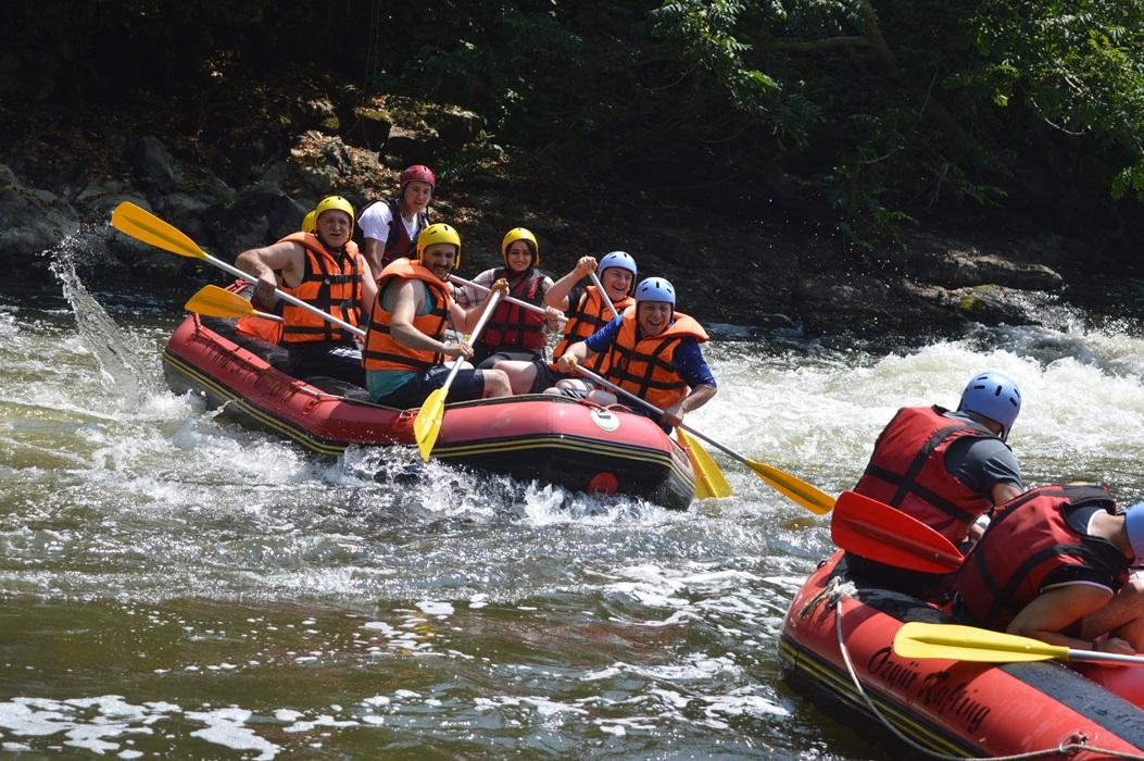 Rafting Farklı  Bir Tecrübe